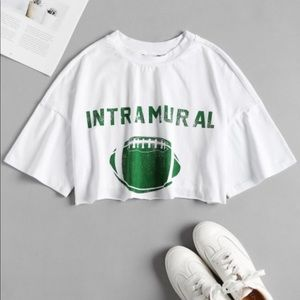 Tops - Cropped intramural football t-shirt 🏈
